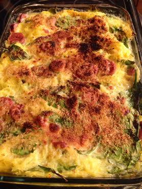 c/o Skinny Taste http://www.skinnytaste.com/2013/01/baked-spaghetti-squash-and-cheese.html
